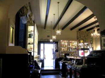 Inside Babington's