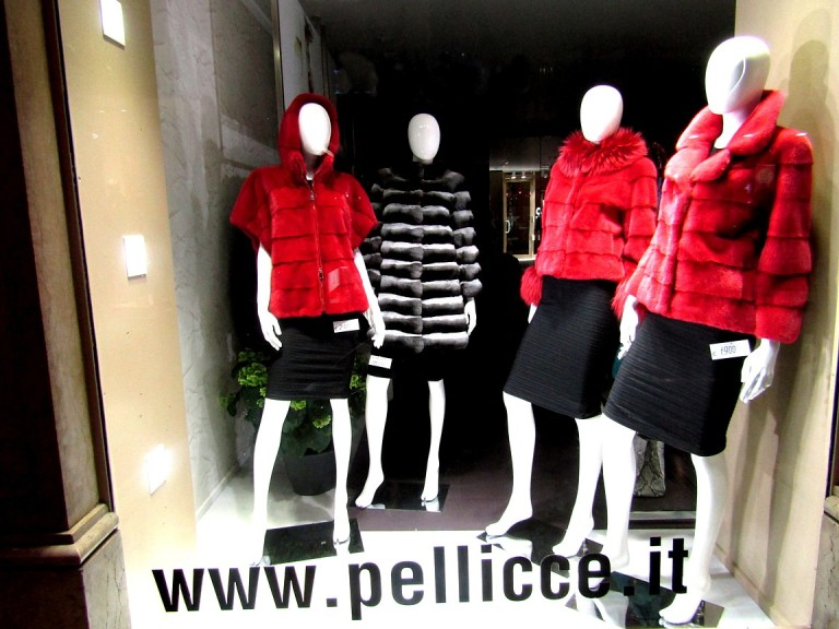 Pellicce window sized