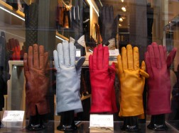 Leather goods - Piazza di Spagna