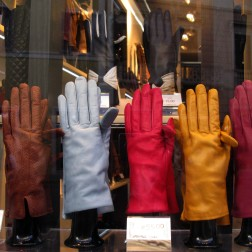 Leather goods - Piazza di Spagna
