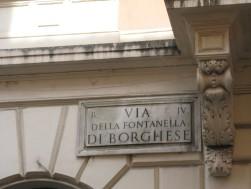 via della Fontanlla di Borghese