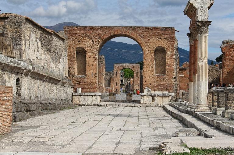 pompeii-2194921_1920