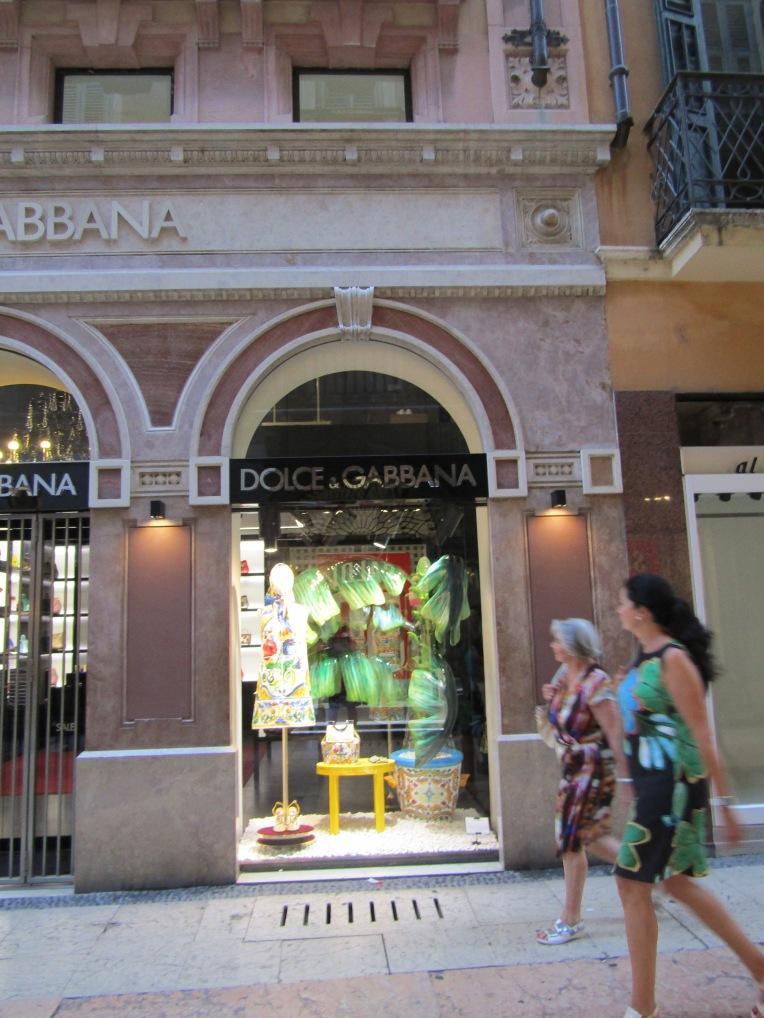 Italian style - Dolce & Gabbana, via Giuseppe Mazzini