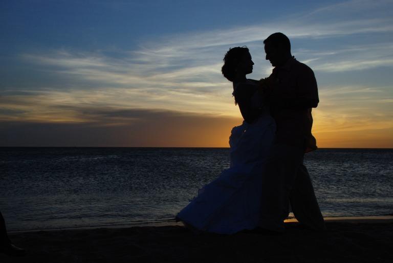 couple-1427863_1920