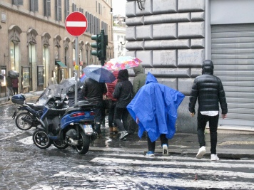Yes, it does rain in Rome