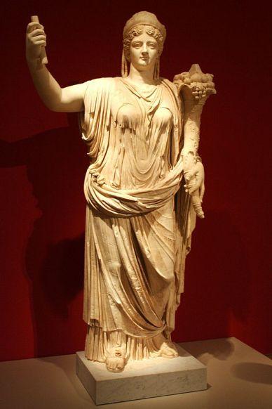 Deified Empress Livia deified by her grandson Claudius Altes_Museum_-_Statue_der_vergöttlichten_Kaiserin_Livia