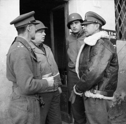 The_British_Army_in_Italy_1944_NA11881